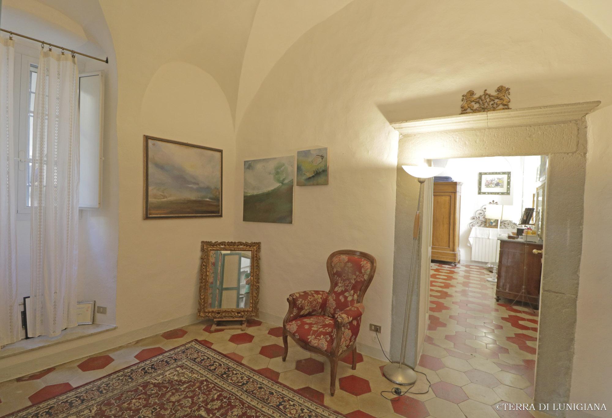 CASA DELL'ARTISTA – Caratteristico Appartamento con Camino