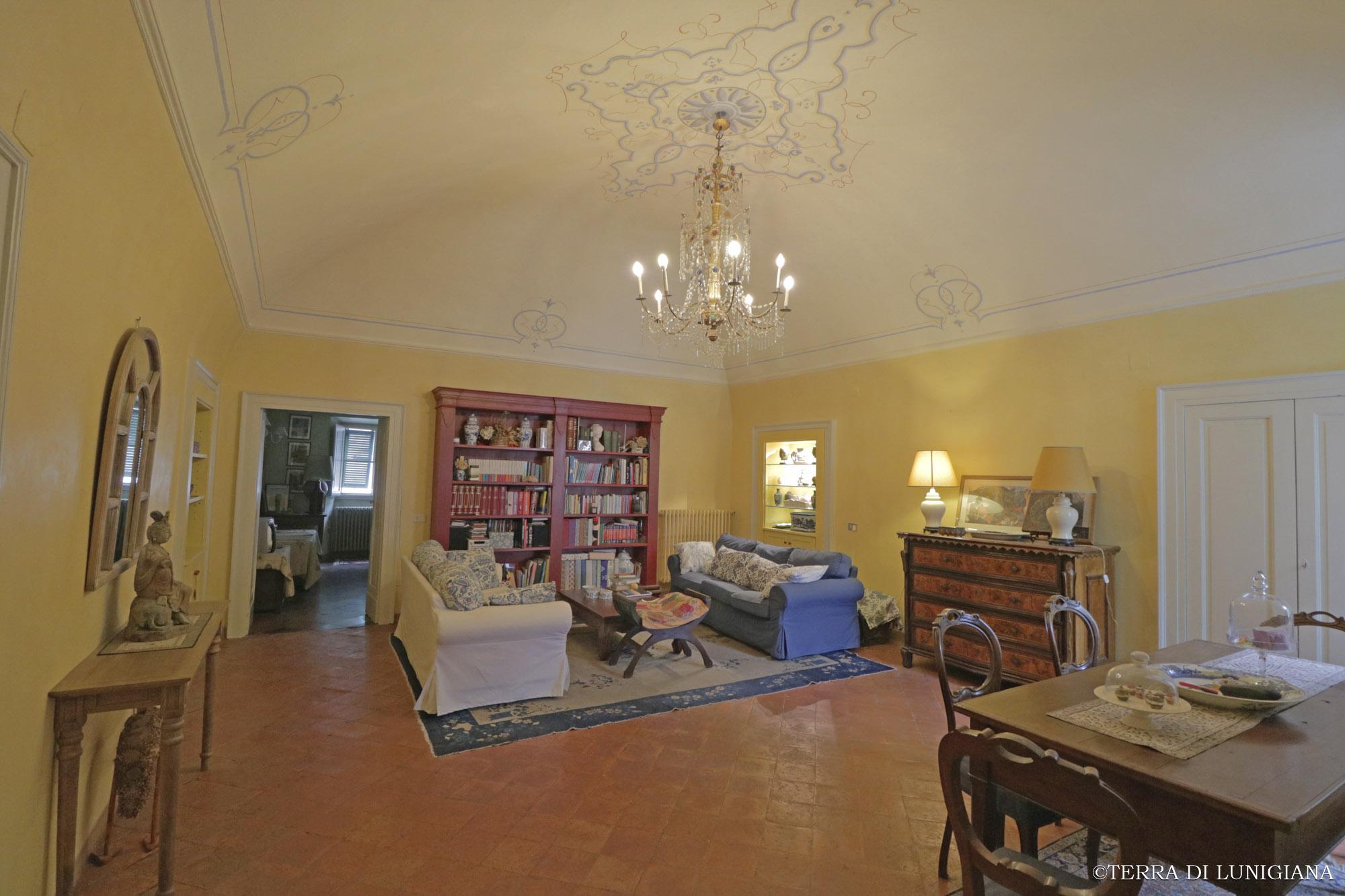 LE STELLE – Meraviglioso Appartamento Storico Restaurato