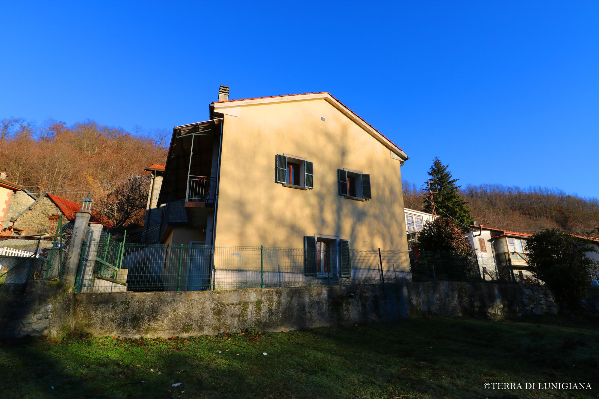 CAMPANELLINO – Country House With Garden