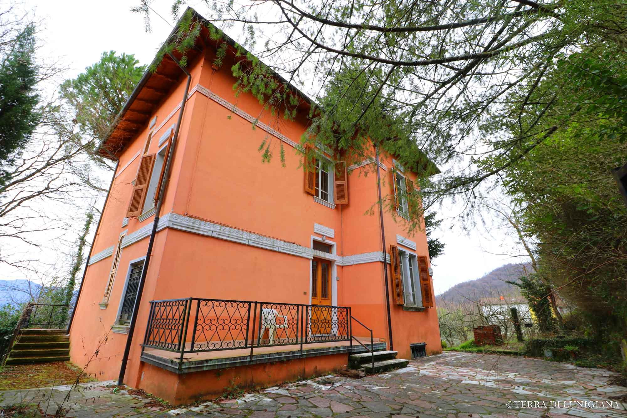 VILLA DEI CONTI – Splendida Villa Liberty