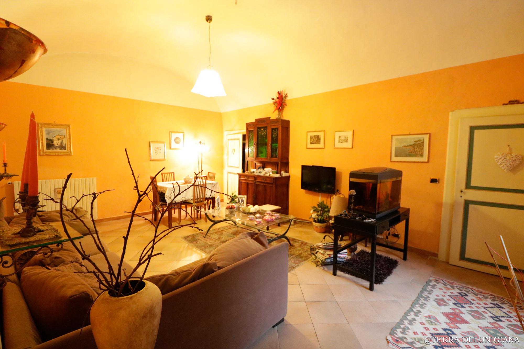 IL VICOLO – Grande Appartamento con Terrazza completamente Restaurato