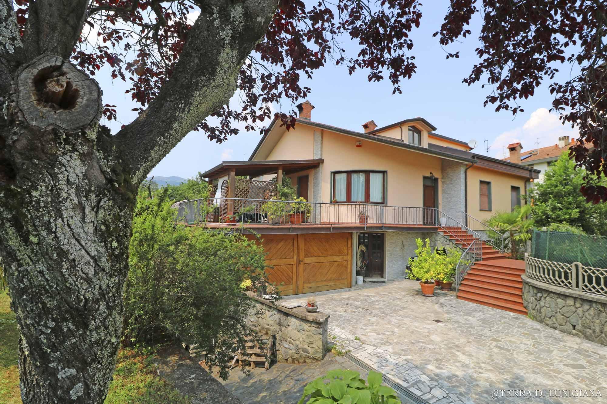 Villa Angela – Villa Indipendente con Giardino