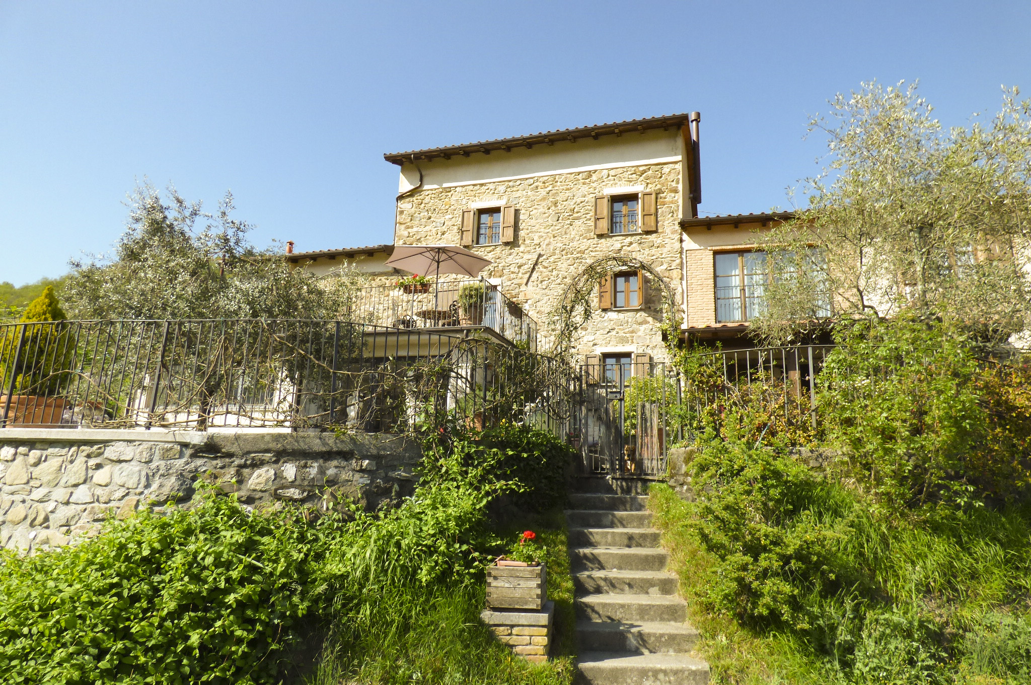 VILLA EVA – Stone Villa with Swimmingpool